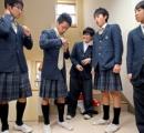 高校生が男女で制服交換 「らしさ」見つめる試み 山梨 「セクスチェンジ・デー」