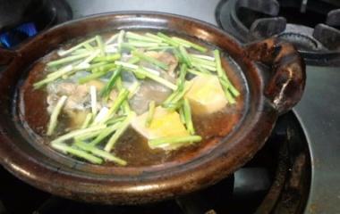 『すっぽん鍋で温まってください』の画像