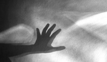 死ぬ程洒落にならない怖い話を集めてみない?『武家屋敷』『霊を見てみたい』『悪い奴に呪文をかけられた』
