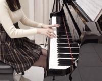 【悲報】台湾の売れないピアニストさん、とんでもない方法で日本で売るwwwwwwwww