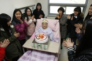 「恨めしくて死ぬに死ねない、日本が謝罪してこそ恨みを晴らせる」…慰安婦被害者キム・ポンドクさんの願い