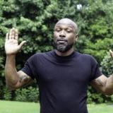【動画】スマホを盗んだ黒人さん、通行人からボコボコにされてしまうwwww