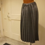 『DUAL VIEW(デュアルヴュー)グレンチェック柄プリーツスカート』の画像