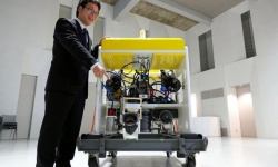資源探査に海中ロボット「ツナサンド2」 東大など開発