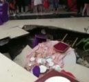 宴会場でいきなり床が抜ける!招待客6人がテーブルごと穴の中へ