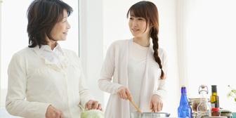嫁の飯も不味いが嫁母の飯もマズイ…でも二人共自分達は料理上手だと思ってるから質が悪い。子供の味覚おかしくならんうちに別れたい…
