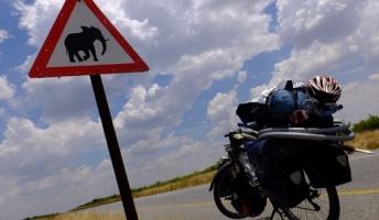 【ロマン満載】自転車で外国走ってきた『アフリカ大陸縦断 自転車の旅』