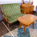 『コンパクトな空間にお勧めクラッシックソファ・ダニエルのブーツラブシート・A-529』の画像