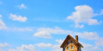 親父が退職金で建てた家に息子夫婦や孫の部屋が用意されていた。同居を拒否して俺自身の家を内緒で新築する計画たてたらマジギレされたんだが…