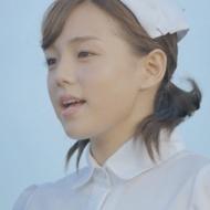 篠崎愛、ナース服×圧巻の歌唱力で男性を応援?[動画あり] アイドルファンマスター