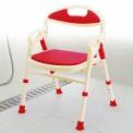 座面の高さを調節できるから、立ち座りがラクラク。