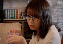 【衝撃】たまらんw 秋元真夏の色気溢れる秘書姿がコレwwwww