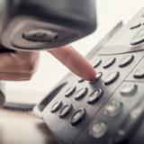 20代に広がる『固定電話恐怖症』ベルが鳴っただけで体が震え心臓ドキドキ・・・退職する人も