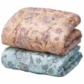 吸湿性能に優れたシルク混わたを使用した贅沢な掛布団。