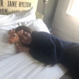 『【元乃木坂46】天使か・・・真っ白なシーツで眠る桜井玲香さん・・・』の画像