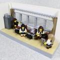 レゴで教室の窓側の席つくりました。
