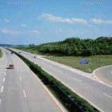 『ドイツのアウトバーン(速度無制限)であおり運転がない理由』の画像