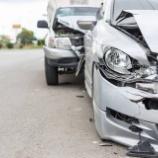 『【悲報】車の任意保険加入率がヤバすぎる!4台に1台は未加入という現実www』の画像
