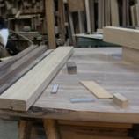 『テーブル作り・5 働くチビ子』の画像