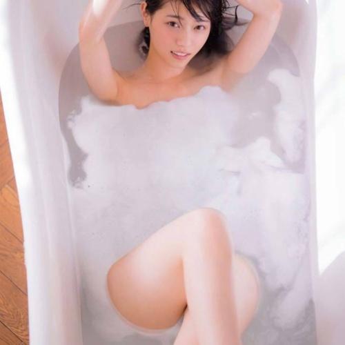 【西野七瀬パンチラエロ画像250枚!】水着おっぱい胸チラ乃木坂46抜ける画像!