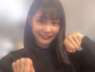 やぎポーズ、しおりポーズに続く八木栞ポーズシリーズ第3弾『お料理ポーズ』公開!!!!!!!!!!!