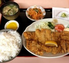 旭川市 さとう家(東光) でチキンカツ定食を