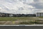 交野第二中学校前の今池の工事、埋め立ては終わったようで野原みたいになってる!