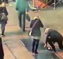 【プロポーズした直後に婚約指輪が下水溝に…】ツイッター動画を元に米NY市警が指輪もカップルも発見