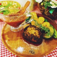 【画像】元AKB 篠田麻里子さん(28)の作ったハンバーグがとてもオシャレ これはいいお嫁さんになれるわ!!! アイドルファンマスター