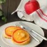 お子さまといっしょに♪ホットプレートおやつ!「焼きりんごのパンケーキ」厳選国産小麦100%
