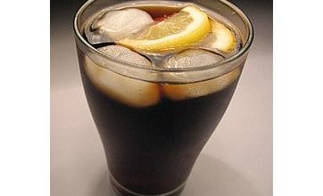 【マジか】乗り物酔いした時に皆知ってるあの炭酸飲料を飲むと治まることがあるらしい