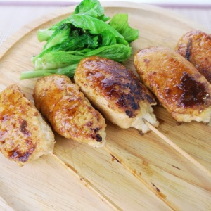ビニール袋で簡単に作れる♪鶏つくね と 菜の花の塩焼き