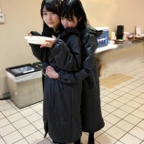 『マネージャー日記で平手友梨奈×柿崎芽実のラブコメ風2ショットが公開!』の画像