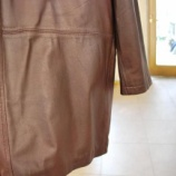 『革のジャケット色を綺麗にします』の画像