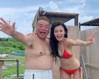 小島瑠璃子が裸の男と肩抱き合うツーショット写真流出wwwwwwwwwwwwwwww