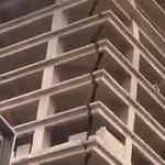 【動画】中国、これはヤバいのでは? ビルに大きな裂け目!でも、そのまま放置…。