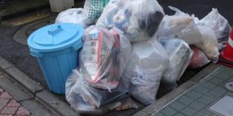 夫にゴミ捨てをお願いした。→ゴミ箱に入ってるのをまとめなかった私を責めてきた。→さらに「ゴミ袋が破れてた!」等と言って…