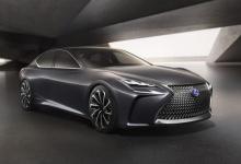 【画像】トヨタの新型のフロントって、どうして口が開いたバカみたいなデザインなの?