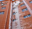 【画像】ホテルで湯沸かし器爆発、漏れた水が巨大つららに