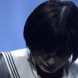 『【欅坂46】Mステの平手友梨奈、ソロ披露後に泣きながらスタッフに付き添われてフラフラで退場していた模様・・・』の画像