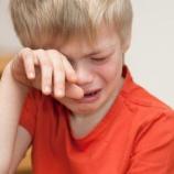 『ワイ(33)人生が詰みすぎててガチで咽び泣く「貯金なし、手取り22万、借金570万、うつ病っぽい、全身ボロボロ」』の画像
