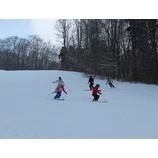 『週末は新雪もコブも楽しんでいただけました!』の画像