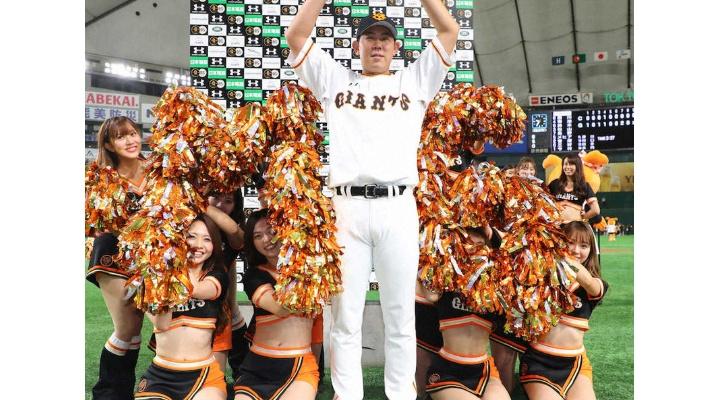 巨人・山口俊  24試合  防御率2.88  14勝4敗  175奪三振 133被安打  8被本塁打