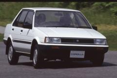 AE86レビンのカローラ5代目時代、もうひとつFRのカローラがあった!