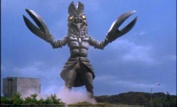【神】セミの抜け殻で作ったバルタン星人