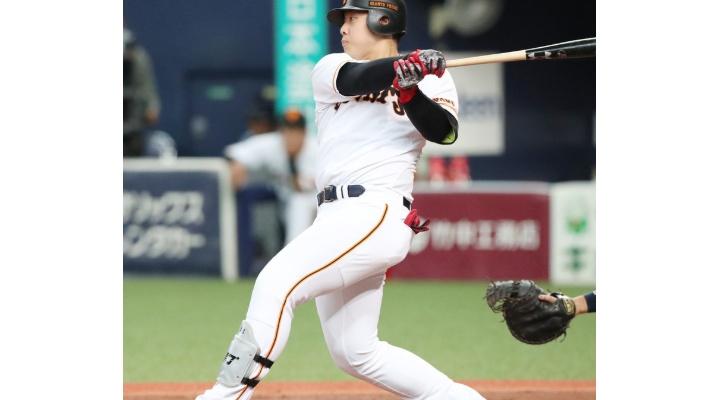 後半戦の巨人・岡本和真  .407(27-11) 2本  5打点  出塁率.529  OPS1.196