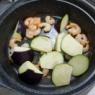 家族は普通と言う「茄子とむき海老の旨炒め煮」&「新しいヒノキのまな板(大きめ)」