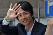 小泉進次郎氏の「街頭演説では民主批判はしない。その理由は」に支持者笑い。維新・橋下氏も来県…静岡