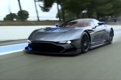 アストンマーティン、90秒でオイル交換が終わる新システムをスーパーカーに初搭載