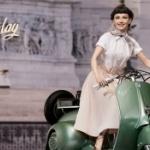 「ローマの休日」より、ベスパに乗ったオードリー・ヘプバーンがフィギュアになった!